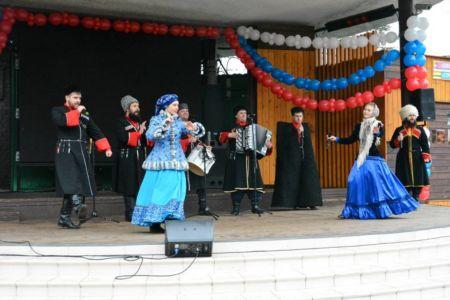 """Казачий хор """"Вольная Русь"""" на праздник в Москве"""